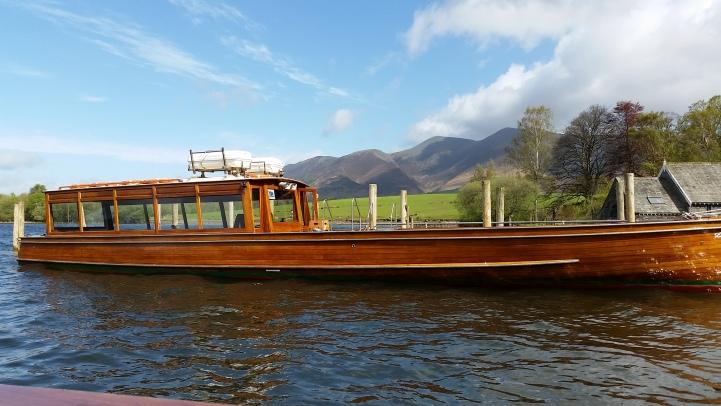 Monday morning boat trip - Lakes 2015